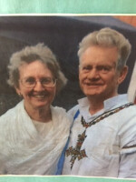 Profile image of Ray and Lauralee Lindholm